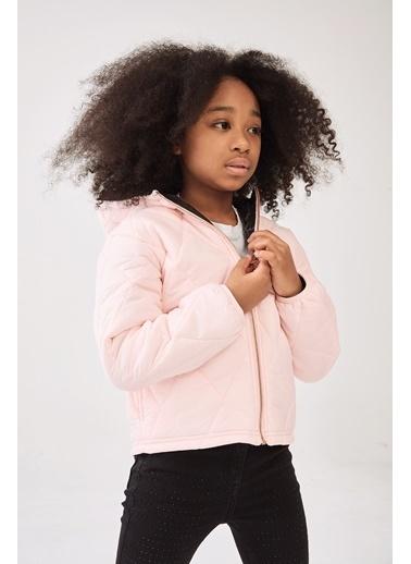 Guess Kız Çocuk Pembe Mont Pembe